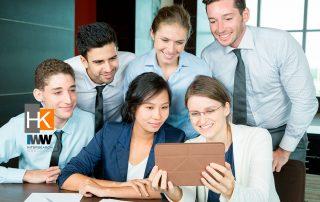 Cómo fomentar la curiosidad en tu equipo. Foto de Negocios creado por katemangostar - www.freepik.es.