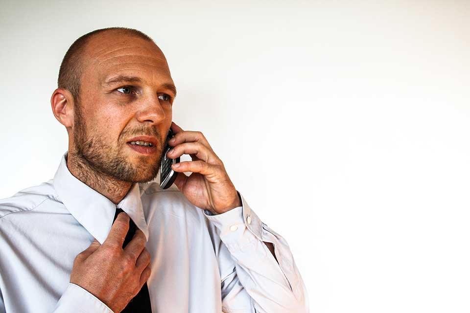 Las entrevistas telefónicas son el método más veloz y eficaz de descartar candidatos no aptos para un puesto en específico.
