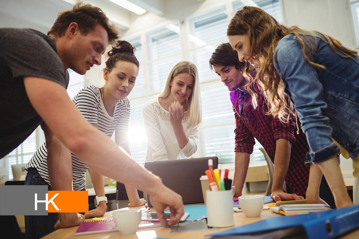 Si, externamente, los colaboradores buscan cambiar el mundo, a nivel interno su propósito es su propio desarrollo. Foto de negocios creado por peoplecreations - www.freepik.es